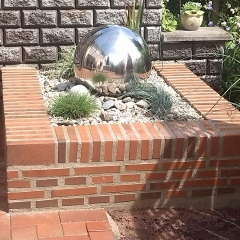 Brunnen aus Klinkerpflaster