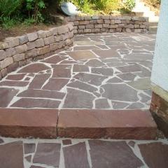 Polygonalplatten aus Sandstein