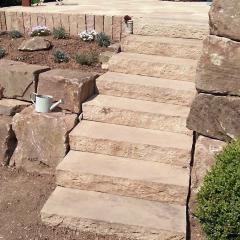 Sandstein-Blockstufen