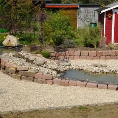 Sandstein-Trockenmauer als Rampe