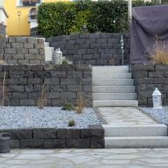 Basalt-Trockenmauer